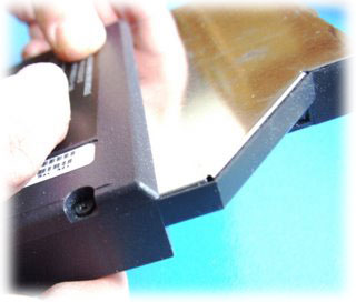 Výměna DVD-RW mechaniky v notebooku HP